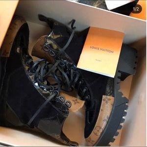 Louis Vuitton Laureate Boot Size 37